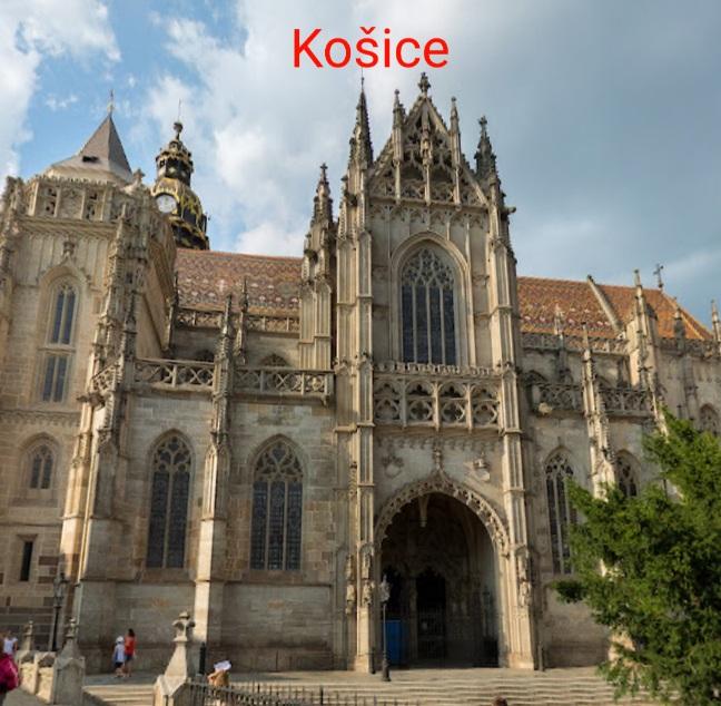 Rozdeľovanie slov v slovenčine I.